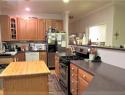 Kitchen island view (2)